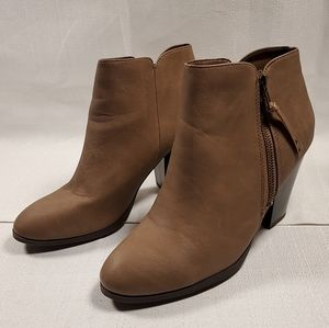 Charlotte Russe Brown Ankle Boot Shoe Booties Chri
